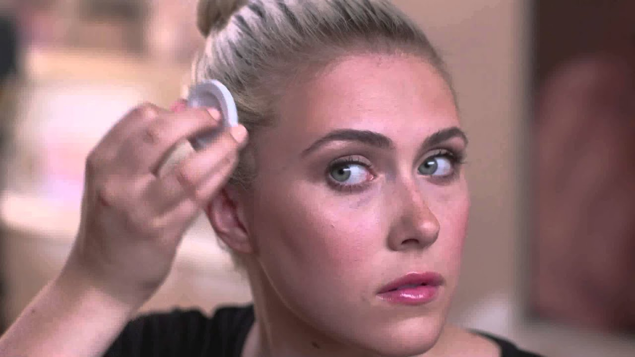 STYLE EDIT Blonde Root Touch Up Powder How To YouTube