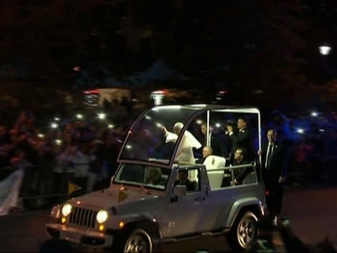 Pope Arrives at World Meeting of Families
