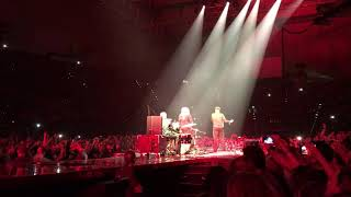 Queen Somebody to Love 02.11.2017 Olympiahalle München