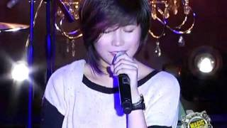 Video Magic 89.9 - Yeng Constantino - Jeepney Love Story download MP3, 3GP, MP4, WEBM, AVI, FLV Maret 2018