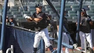 yankees-aaron-judge-takes-batting-practice-alcs