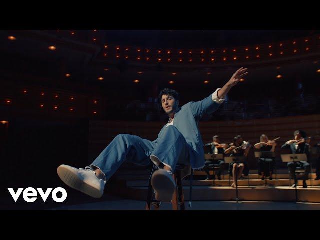 Sebastián Yatra, Myke Towers - Pareja del Año (Official Video)