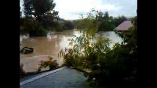 Наводнение в Крымске.3gp(7 июля 2012.ул.Советская., 2012-07-07T10:43:47.000Z)