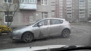 В Таганроге водителю иномарки жестоко отомстили соседи(, 2016-11-14T07:40:10.000Z)