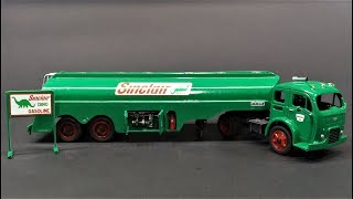 ATLANTIS H1402 WHITE 3000 TRUCK WITH FRUEHAUF GASOLINE TANK TRAILER MODEL KIT