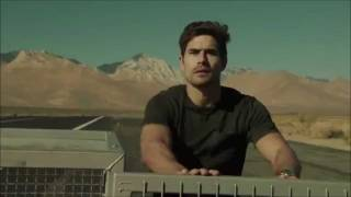 funny hyundai veloster vs cheetah super bowl commercial 2012