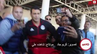 استقبال «تاريخي» للحضري في مطار القاهرة