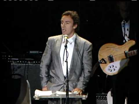 Bruce Springsteen inducts Bob Dylan Rock and Roll Hall of Fame inductions 1988