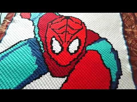 new product 12d93 ef101 coperta spiderman realizzata con la tecnica c2c