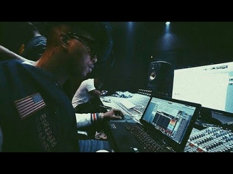 TM88 Playing Beats from Fans