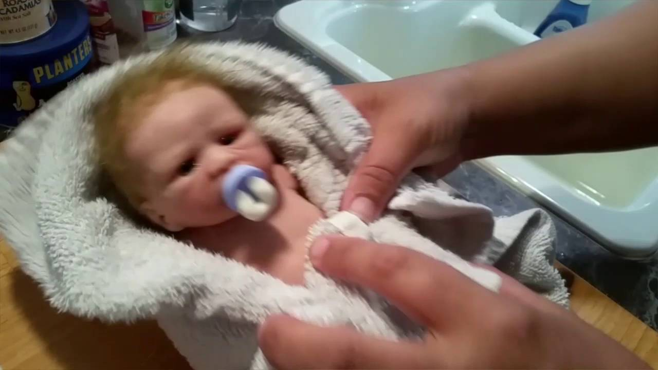 Youtube Get Baby To Drink Baby Bittle