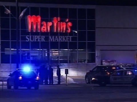 Gunman and two women killed in Indiana grocery store shooting