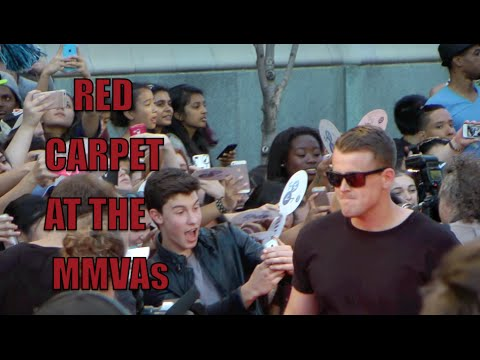 Raw, Unedited Footage Of The MMVA Red Carpet - Can you name the celebrities, singers and actors?