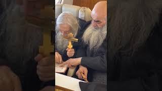 Отец Илий Ноздрин с молебном облетел Москву на спецборте 2