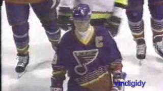 gretzky s 1st game as a blue 2 29 96