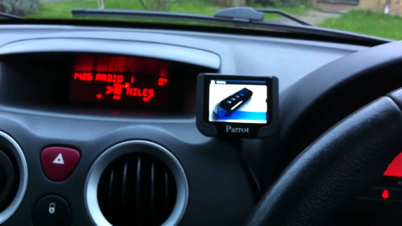 Parrot MKI9200 Bluetooth system - YouTube