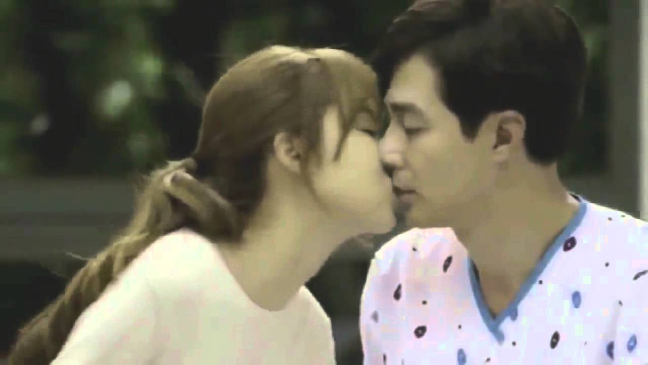 Korean Drama Hot Kiss