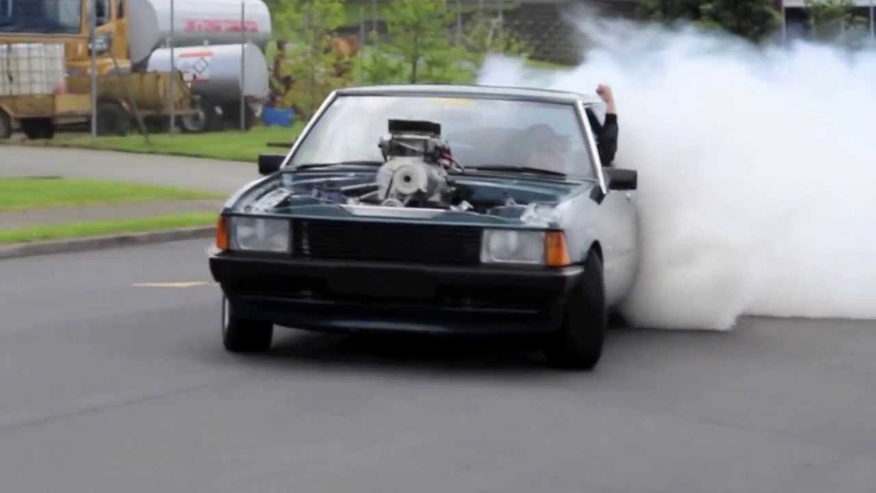 1000hp Ford Beast Burnout