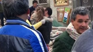Raw: Man and Girl Rescued from Italy Rubble