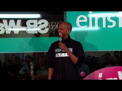 Berhane Berhane hat Stress beim Zoll - NightWash live