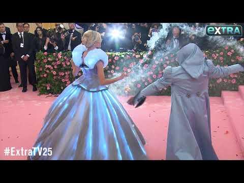 Zendaya's 2019 Met Gala Cinderella Dress Is Pure Magic. http://bit.ly/2MJHVaw