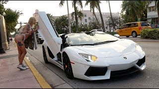 vuclip Picking Up Uber Riders In A Lamborghini Aventador!