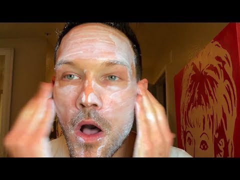 HOW TO APPLY SUNSCREEN TO HELP MINIMIZE PIGMENTATION AND WRINKLES