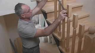 видео Установка деревянных лестниц своими руками