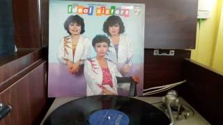 Download Lagu Ideal Sisters 'Kabus' (1980). mp3