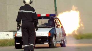 Repeat youtube video Peugeot 205 2000cv.wmv