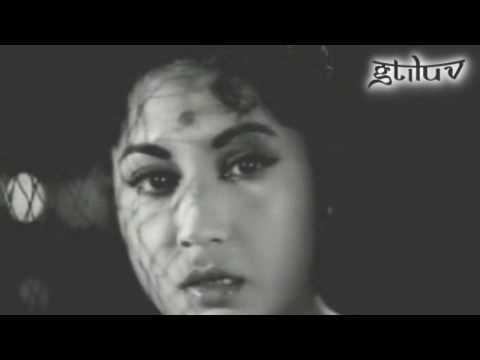 Dil Apna Preet Parai - Meena Kumari