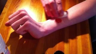 Eliminer les tâches de peinture - Nettoyer la peau