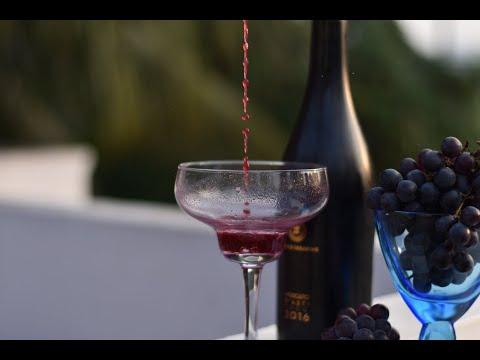 EASY HOME MADE RED WINE | HEALTHY HOMEMADE GRAPE WINE | How to make Easy Homemade Wine  PART - 1