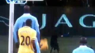 Mario Balotelli shoulder goal against Norwitch City