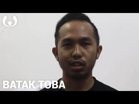 WIKITONGUES: Julius speaking Batak Toba