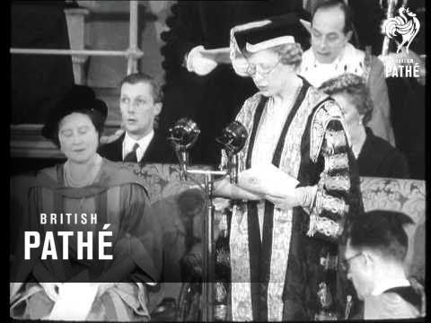 Queen Mother Receives Degree At Leeds (1954)