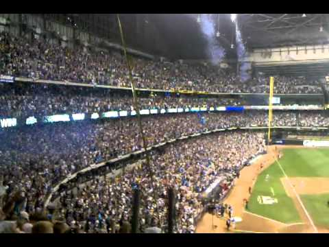 NLDS 2011 game 5 Brewers v Snakes