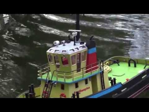 видео: Радиоуправляемый буксир