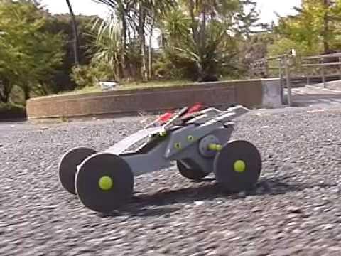 ソーラーカーsolar car(ソーラーモーターカー)