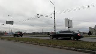 Кортеж Медведева в Бресте поворачивают с Варшавки на 28-го Июля в сторону Пионерской