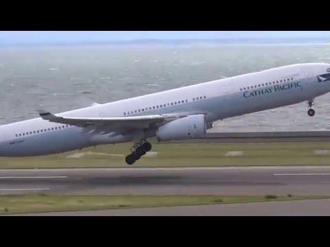 向かい風で止まってるような着陸 セントレア中部国際空港