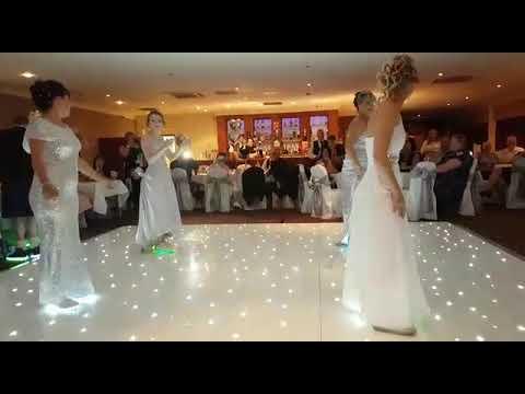 Juicy wiggle bride n bridesmaid dance