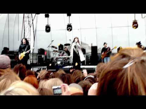 3. Bez Ciebie (Ewa Farna - Lubin 16.05.2010) HD
