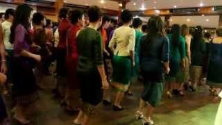 Repeat youtube video เต้นบัดสลบ งานแต่งที่เวียงจันทน์ ประเทศลาว