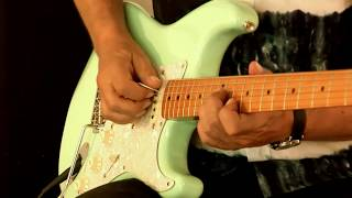 Fender Classic Series '50s Stratocaster (surf green), Part1
