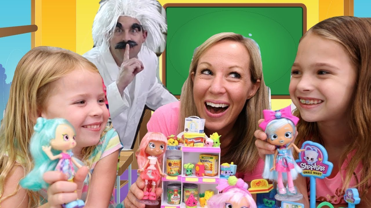 Special Delivery at the Pretend Toy Hotel of Shopkins Mini ...