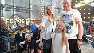 """На Голосі. Діти донька Євгена Кошового попросила батька увімкнути """"мозгі"""" - бекстейдж"""
