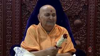 Guruhari Darshan 10 May 2015 - Pramukh Swami Maharaj