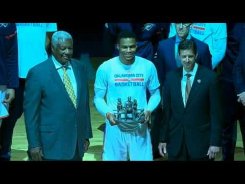 2017 NBA Triple Double King Russell Westbrook Honored by Oscar Robertson
