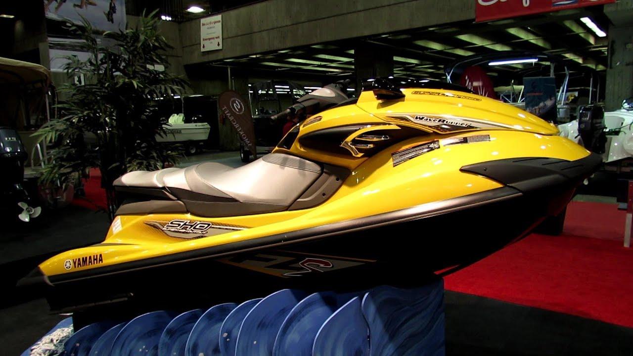 2013 yamaha wave runner fz s sho jet ski walkaround 2013 montreal boat show youtube. Black Bedroom Furniture Sets. Home Design Ideas